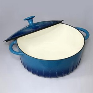 Round Cast Iron Oven In Blue, CR2711R