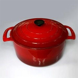 Round Covered Casserole In Red, CR2913R