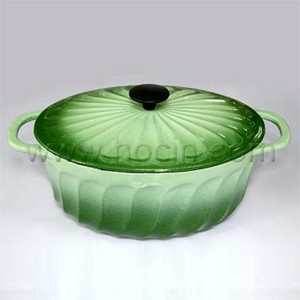 Oval Cast Iron Covered Casserole In Gradient Green, CO3013R