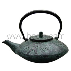 1.1 Liter Cast Iron Teapot