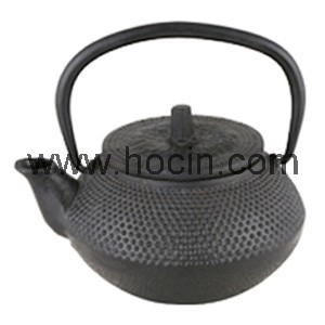 0.3 Liter cast ron teapot with nailhead design