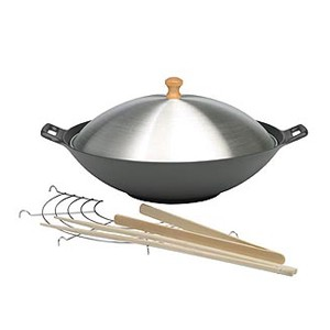 Covered cast iron wok set