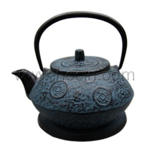 0.8 liter cast iron teapot with ancient coin pattern design